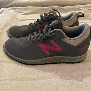 NWOT! New balance slip resistant fresh foam shoes